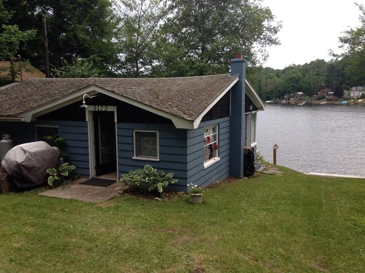 2/3 Bedroom Waterfront Cottage On Secluded Lake Demmon - VacationRentals.com