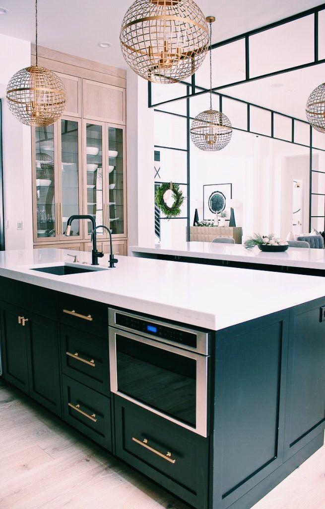P I N T E R E S T Murielmukadi In 2020 Modern Kitchen Design Kitchen Design Small Beautiful Kitchen Cabinets