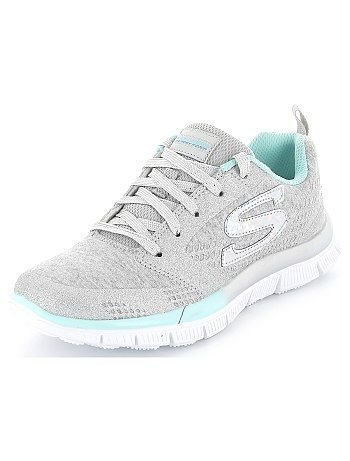 Zapatillas deportivas 'Skechers' de punto jaspeado Chica 50,00€ Zapatos Acabados trabajados, contrastes brillantes: un resultado uniforme para estas zapatillas 'Skechers'