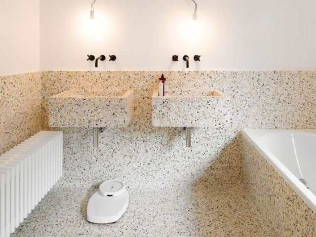 Terrazzo Bathroom And Sinks Is A Great Idea It S Durable Water Resistant And Looks Unusual Bathroom Interior Bathroom Design Green Bathroom