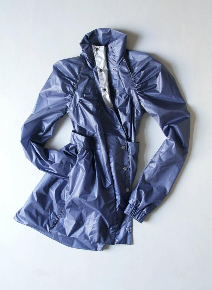 Cyclist Raincoat - Danube, by Urban Legend on www.narvalmarket.com