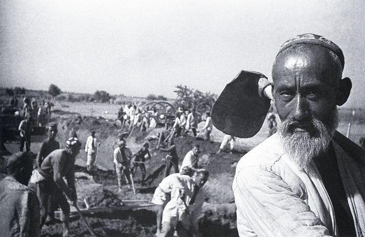 Arkady Shaikhet / Аркадий Шайхет. На строительстве Большого Ферганского канала  1939 г.