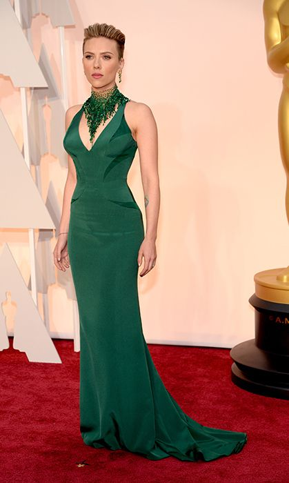 All the red carpet looks from the 2015 Oscars: Scarlett Johansson in Versace. Photo: Getty