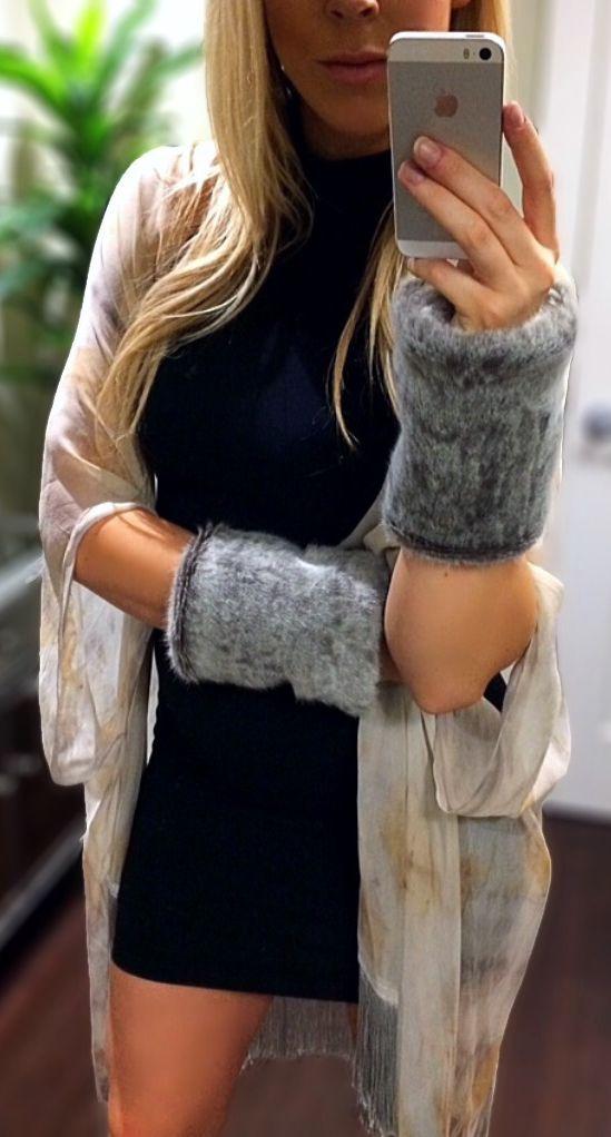 Grey faux fur cuffs #fallfashion #kimono #fauxfur #lbd