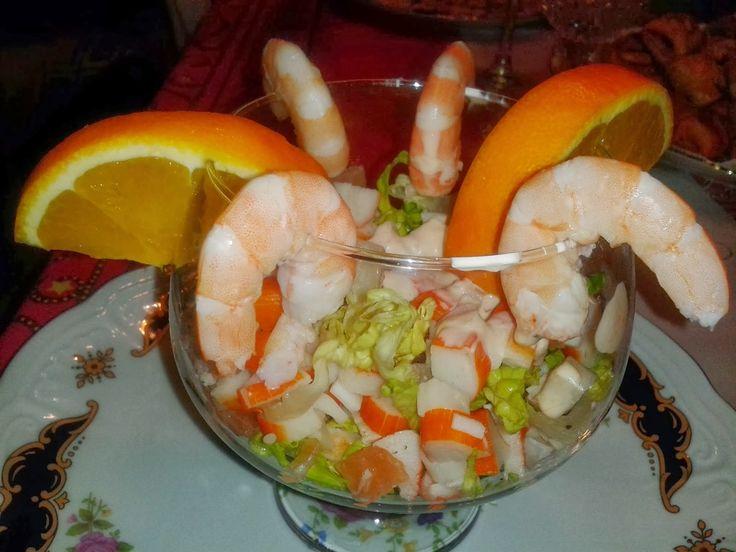 C ctel de gambas con salsa rosa recetas pinterest for Prawn cocktail canape