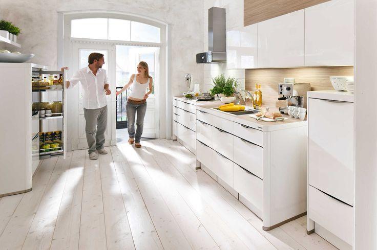 moderne TRENDLACK Nolte-Küche bei Höffner    wwwhoeffnerde - möbel höffner küchen