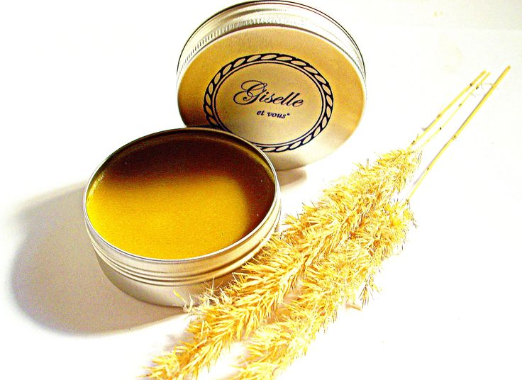 Honey Lip balm / Main ingredients: honey, beeswax, 100% pure essential oils, coconut butter / Natural organic product / Giselle et Vous.
