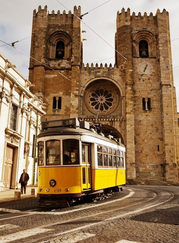 Lisbon - PORTUGAL A travel board about things to do in Lisbon Portugal, including Lisbon restaurants, food, nightlife, cafes, shopping and much more about the capital of Portugal! -- Have a look at http://www.travelerguides.net