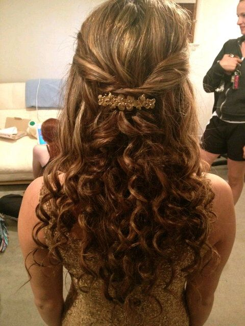 Prom Hairstyles for every style.