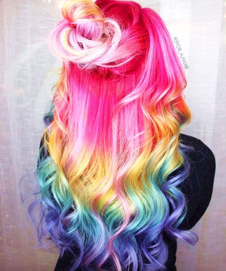23 Visually Stimulating Cotton Candy Hair Color Ideas