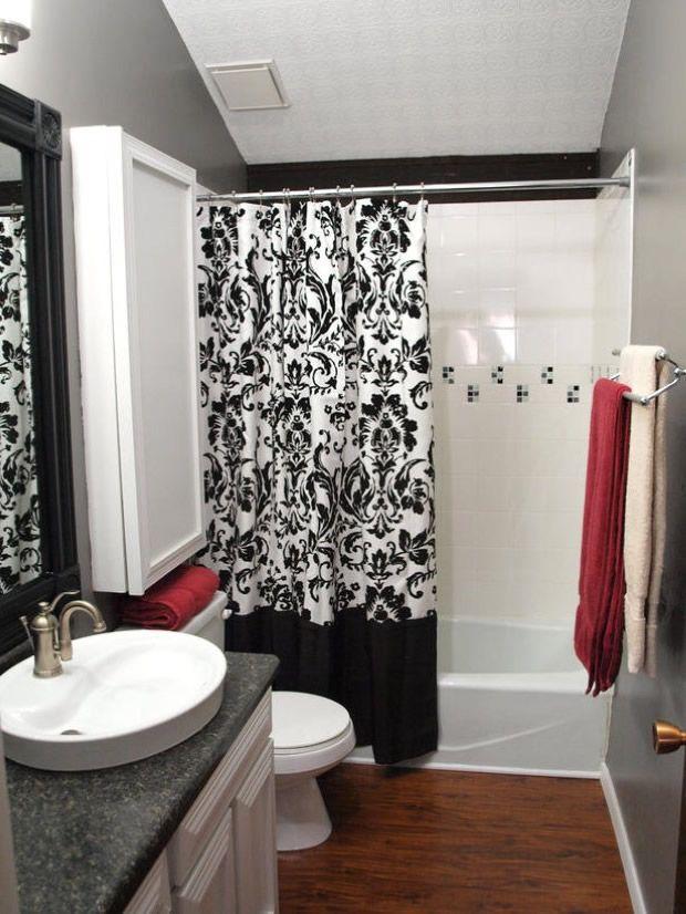 Desenli siyah beyaz duş perdesi