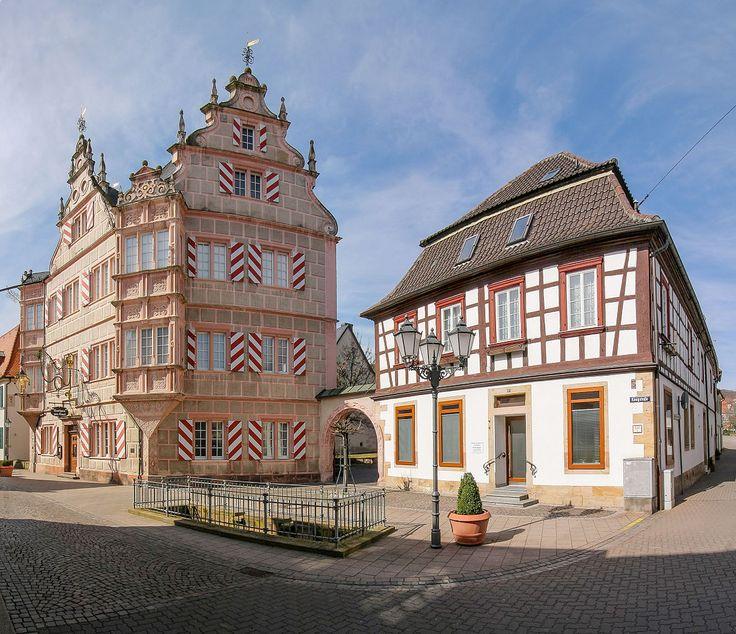 """Gasthaus """"Zum Engel"""" und ein Fachwerkhaus in Bad Bergzabern"""