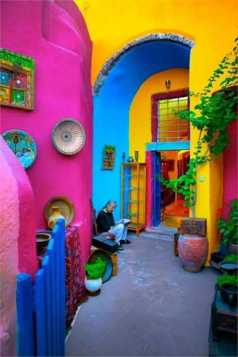 Mexican Home Decor Travel Style - Not sure if I would ever be brave enough for all the bright colors - maybe in my desert dream house.