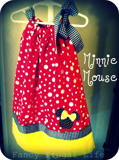 SUCH an adorable idea for a pillow case dress!!! This one is a must make for my kiddos!