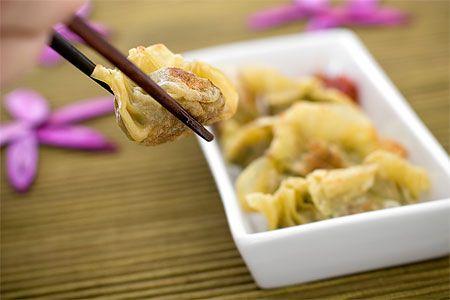 Pot stickers - kinesiska färsknyten (plockmat) - Recept från Spisa.nu