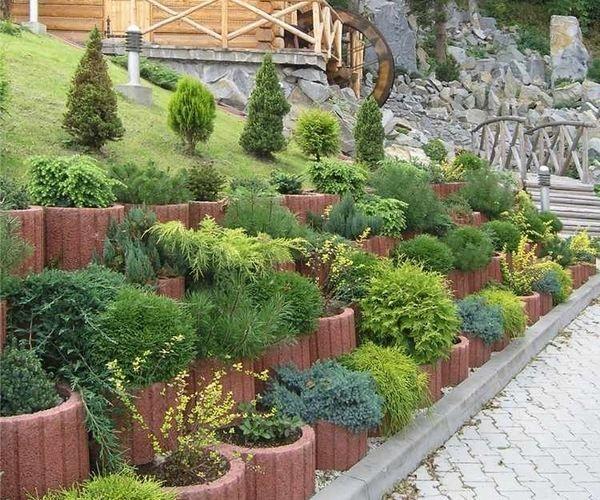 Rustic Exterior Retaining Wall Ideas Cinder Block Sloped Garden Cinder Block Garden Wall Garden Retaining Wall