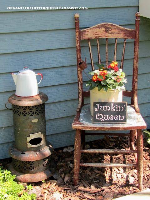 The Junk Garden Queen Refresh Restyle Diy Garden Junk Chair