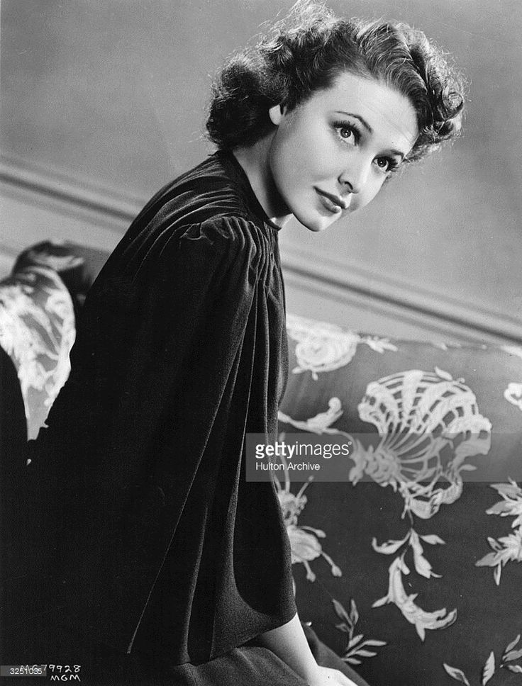Laraine Day, the stage name of Laraine Johnson ( 1917 - ) the American leading lady in the 40's who also worked on the stage. She starred in the Metro Goldwyn Mayer production of 'Dr Kildare' with Lionel Barrymore.