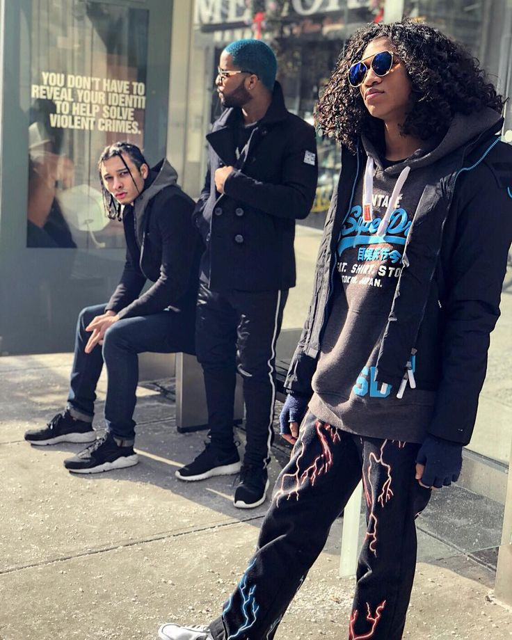 That moment when you cast a shoot and the Chemistry is lit @superdry clothing visual on its way featuring @dominiccistyle  @its_yunis and @ingenious_fashion #urban #nycvibes coming your way.  @stylewithden @styleby260 #superdry