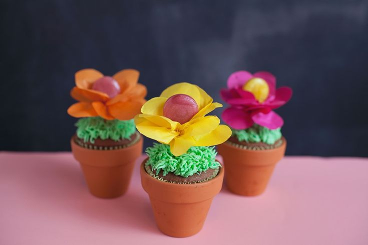 vaso-de-cupcake-com-flor-de-pirulito-2