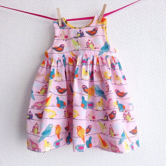 Baby girls cotton summer dress. Pink cotton fabric with birds. Size Newborn NB. Ready to ship