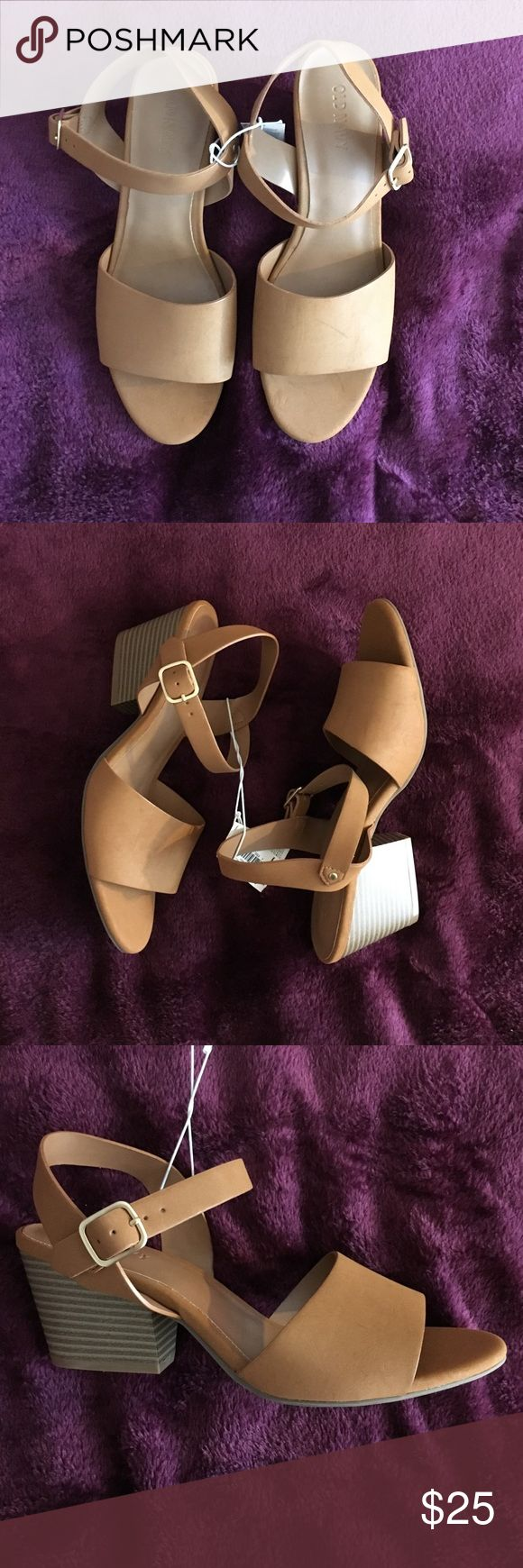 NWT Tan Old Navy heeled sandals NWT Size 7 tan heeled sandals from Old Navy.  2 3/4 in heel. Old Navy Shoes Wedges