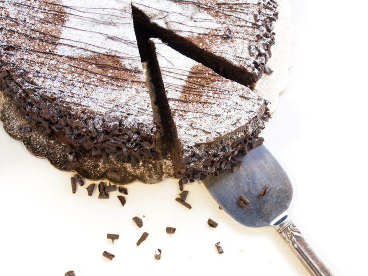 Nieuwe #blog: chocolade rode wijn cake! #recept