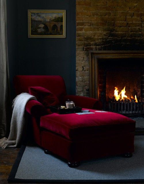 Love That Red Chaise Lounge!
