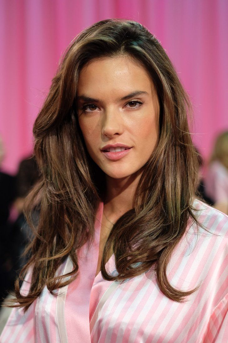 Pin for Later: These Photos Show Your Favorite Latina VS Models Look Great Even Before Hair and Makeup Alessandra Ambrosio