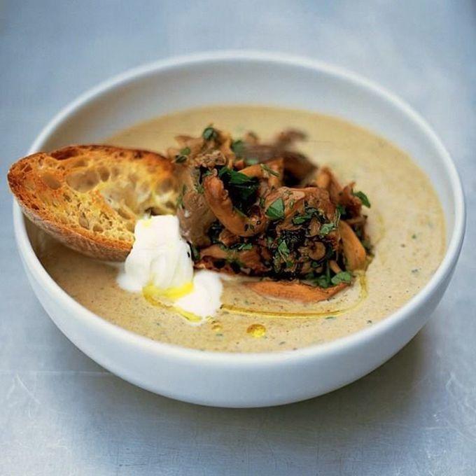 De enige echte paddestoelensoep van Jamie Oliver - soepen.be