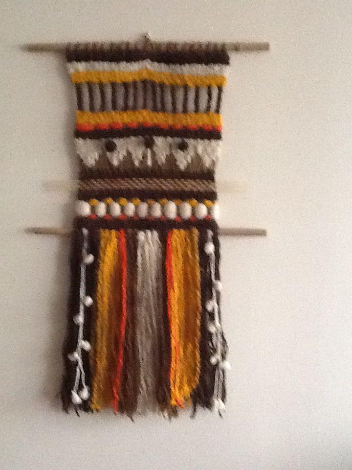 Telar chileno tejido con lanas teñidas con elementos naturales