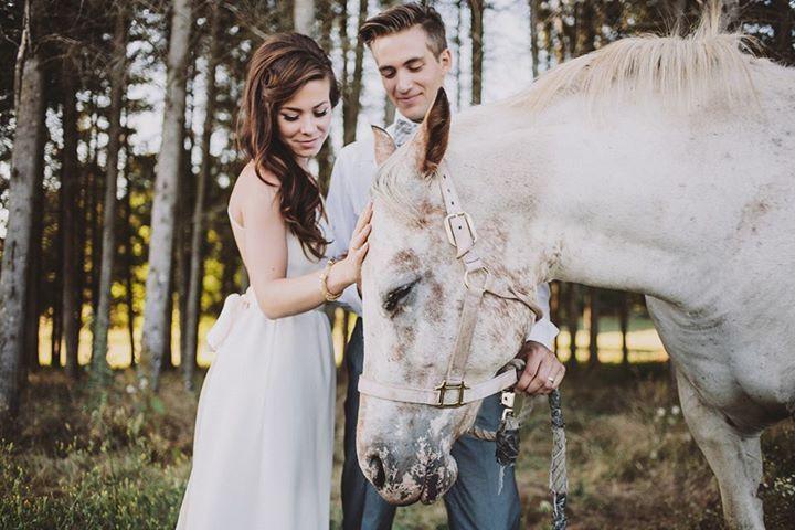 bridal hair, bridal photos, boho bride, horses whimsical, romantic wedding