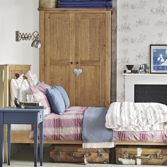 Heritage country bedroom | Traditional bedroom design ideas | Bedroom | PHOTO GALLERY | Ideal Home | Housetohome.co.uk