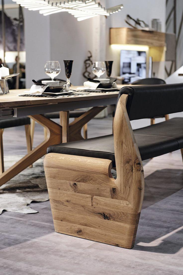 VOGLAUER Polsterbank Valpin schwarzes Leder LS & geöltes Eichenholz - Länge ca. 226,5 cm. Bei uns erhältlich #wood #livingroom #home #decor #homeliving #wohnzimmer