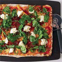 Calabrese pizza - hellomagazine.com