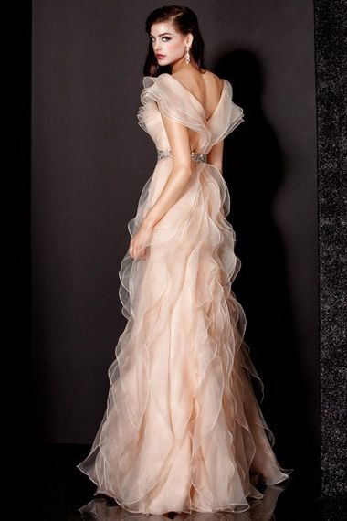 stunning gowns | stunning gown