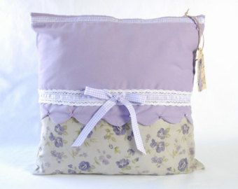 Country pillow cover / Living room decor / Shabby chic pillow / Floreal pillow Lavender pillow cover / Floreal pillow cover / Bedroom decor
