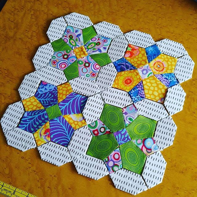 1948 best english paper piecing images on pinterest for Hexagon quilt template plastic