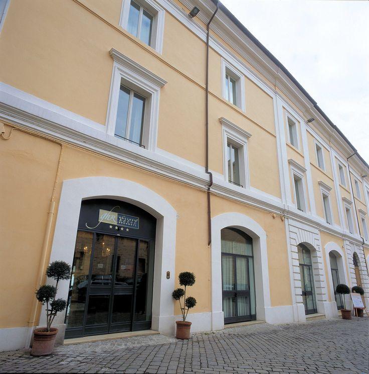 """Accommodation in Marche: """"Gallery Hotel Recanati"""""""