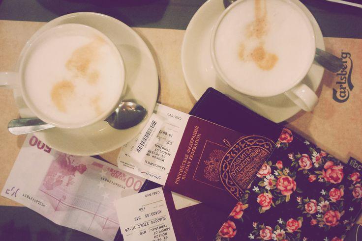 Кофе в аэропорту какой то особенный!  Coffee at the airport which is very special !