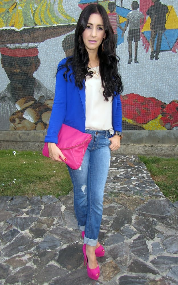 Royal blue blazer,@Forever 21 pink clutch and destroyed jeans.