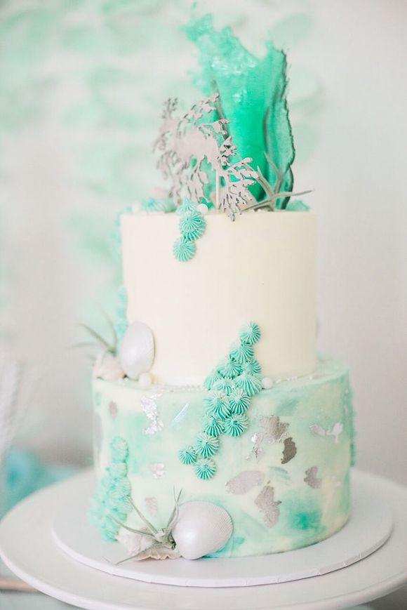 Un gâteau d'anniversaire sirène chic