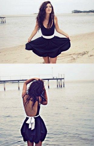 cute backBeach Dresses, Summer Dresses, Fashion, Backless Dresses, Black And White, Little Black Dresses, The Dresses, Open Back, Dreams Closets