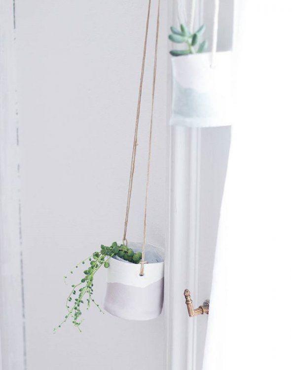 des plantes suspendues / Green Home / Un coin de verdure chez soi / Kinfolk Home