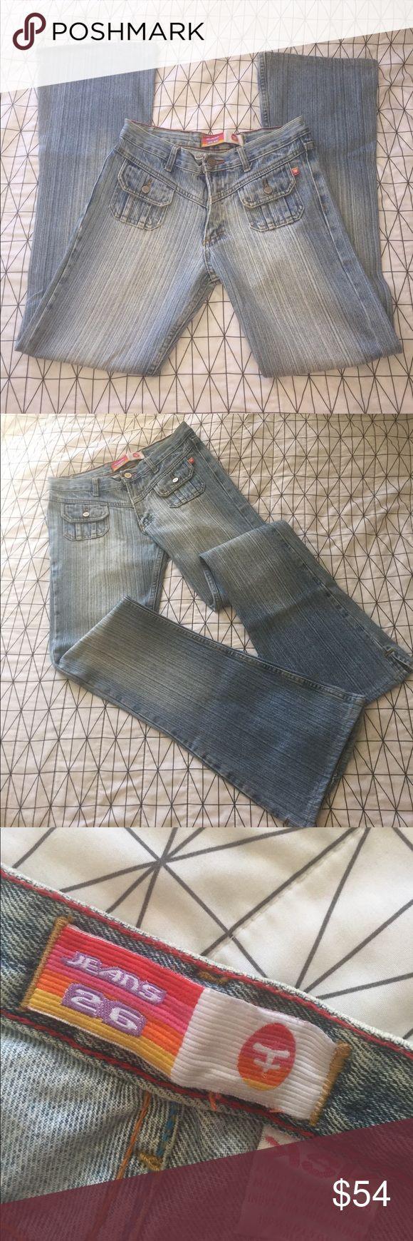Ksk Marca Kosiuko vertical lines flattering Argentina brand. Made in Argentina. Size 26 EUC Kosiuko Jeans Boot Cut