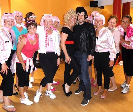 grease party dress up