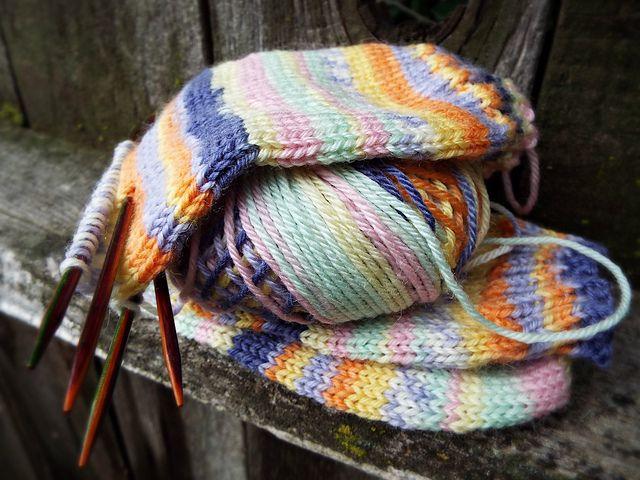 quick fix *pattern: plain vanilla socks* *yarn: adriafil knitcol* *september*