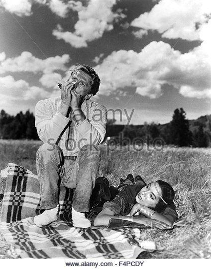 ... Douglas, Elizabeth Threatt / The Big Sky 1952 directed by Howard Hawks