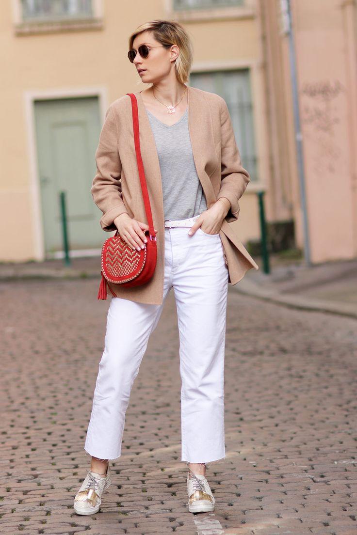 1.2.3 Paris - Alexandrine du blog @leblogdartlex porte la veste Balneo hiver 2016 et le sac Pedro printemps-été 2017 #123paris #streetstyle #ootd #mode #fashion #shopping #blogueuse #blogger #blogueusemode #fashionblogger #printemps #ete #spring #summer #paris