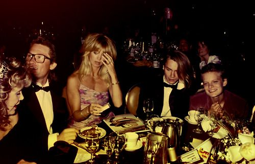 Kurt Russel, Goldie Hawn, River Phoenix, and Martha Plimpton